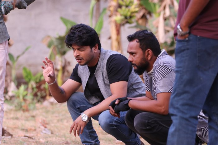 Actor and director M G Srinivas (left) feels it is important to stay calm when on the sets.