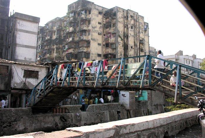 Dharavi slum. wikimedia commons