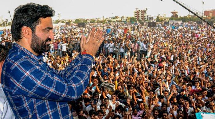 Independent MLA Hanuman Beniwal during the 'Kisan Hunkar Rally', in Jaipur, on Oct 29. PTI