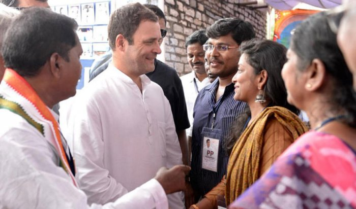 Congress president Rahul Gandhi interacts with relatives of former chief minister of Andhra Pradesh Damodaram Sanjivayya on Tuesday. DH photo