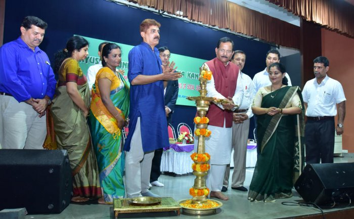 Union Minister of State for AYUSH Shirpad Yesso Naik inaugurates the installation ceremony of the new office-bearers of district Ayush Foundation in Mangaluru on Sunday. Foundation founder president Dr Ashajyothi Rai, General Secretary Dr Narayana Asra, T