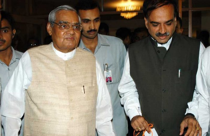 At age 39, Ananth Kumar became a Cabinet minister in the Atal Bihari Vajyapee cabinet in 1998.