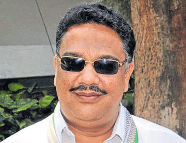 Congress leader Tanveer Sait