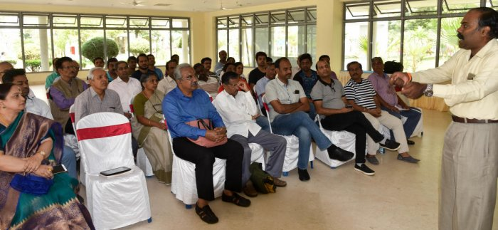 Aggrieved home buyers at the first-ever meeting on Rera-K in Bengaluru on Saturday. DH PHOTO/B H SHIVAKUMAR