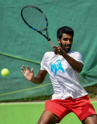 India's Prajnesh Gunneswaran during a practice session on Sunday, ahead of the Bengaluru Open ATP Challenger at the KSLTA Stadium. DH Photo/ S K Dinesh