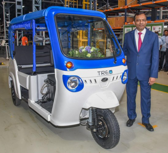 Pawan Goenka, Managing Director, Mahindra and Mahindra Ltd at Electric Technology Manufacturing Hub and Treo electric 3 Wheeler launch programme of Mahindra Electric Mobility Limited at Bomasandra in Bengaluru on Thursday. Photo by S K Dinesh