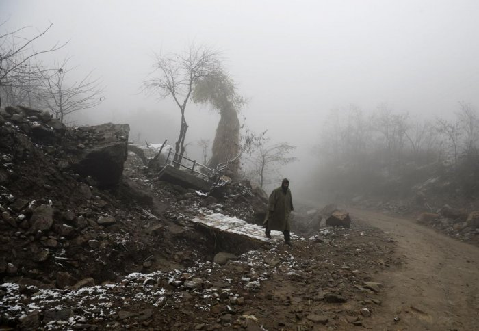 A MeT department official said Srinagar registered a drop of more than four degrees in night temperature compared to previous night as the city recorded a low of minus 0.8 degrees Celsius, against previous night's 3.4 degrees. AFP Photo