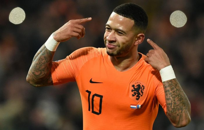 CHEEKY GOAL: The Netherlands' Memphis Depay celebrates after scoring against France during their UEFA Nations League game on Friday. AFP