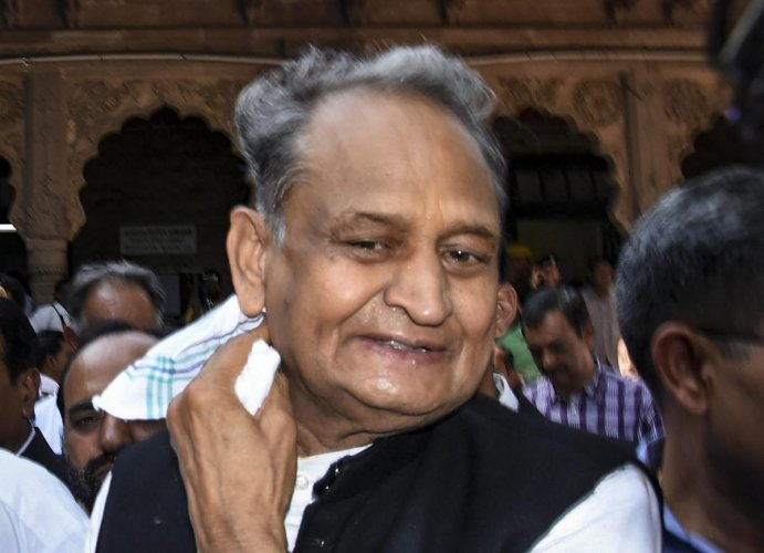 Jodhpur: Senior Congress leader and former chief minister Ashok Gehlot leaves after filing his nomination from Sardarpura constituency ahead of the state Assembly elections, in Jodhpur district, Monday, Nov. 19, 2018. (PTI Photo)(PTI11_19_2018_000161B)