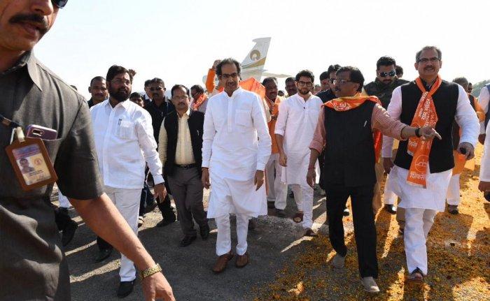 "The Sena chief arrived with his wife Rashmi and son Aditya amidst slogans of ""Jai Shri Ram""."