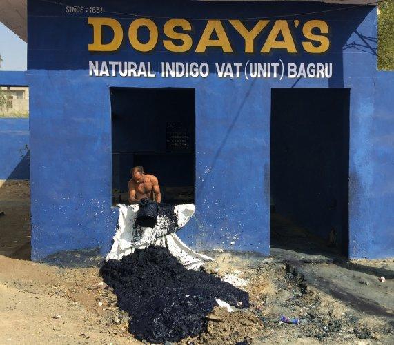 Bagru natural indigo vat unit