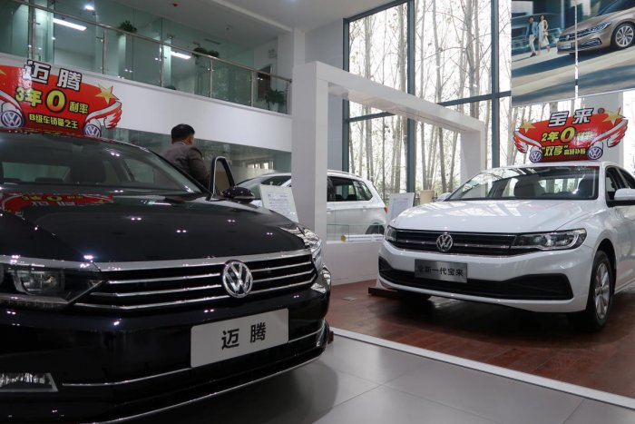 Volkswagen's Bora and Magotan cars are displayed at a FAW-Volkswagen dealership in Pingdingshan, Henan province, China.Reuters