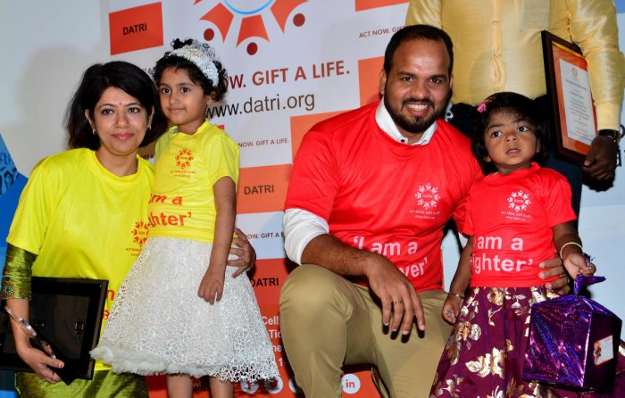 Five-year-old Vanshika (yellow T-shirt), a Thalassemia survivor, with her blood stem cell donor Dr Shruthi Kakkar and three-year-old Disha K G, who was diagnoised with Hurler's Syndrome, with her saviour Prakash Kumar at a union of donors and recipient