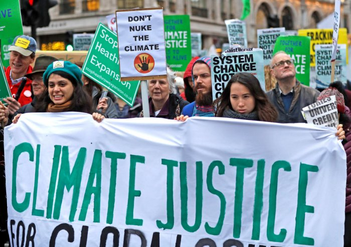 Climate change protesters demonstrate, prior to the United Nations climate change conference in Poland, in central London, Britain, December 1, 2018. (REUTERS Photo)