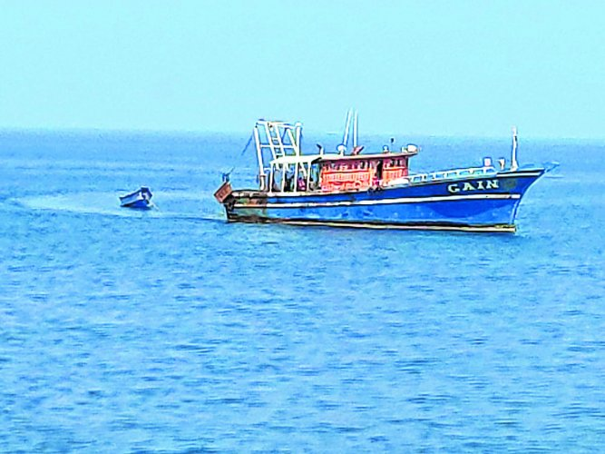 The body of the fisherman who was on board the Kerala fishing boat 'Gain' was traced near the Mangaluru coast on Thursday.