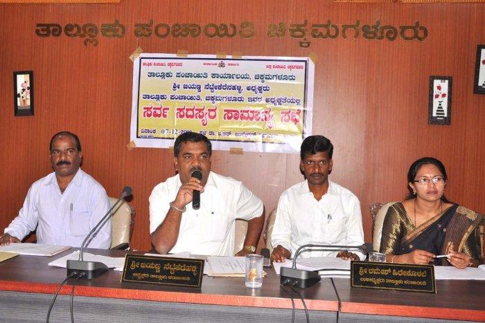 Taluk Panchayat president Nettekerehalli Jayanna speaks at the taluk panchayat meeting on Friday.