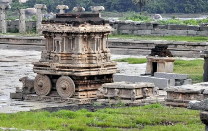 The Stone Chariot in Hampi. According to the government norms, the designated sites should not be damaged, and they should be clearly visible in the clip.