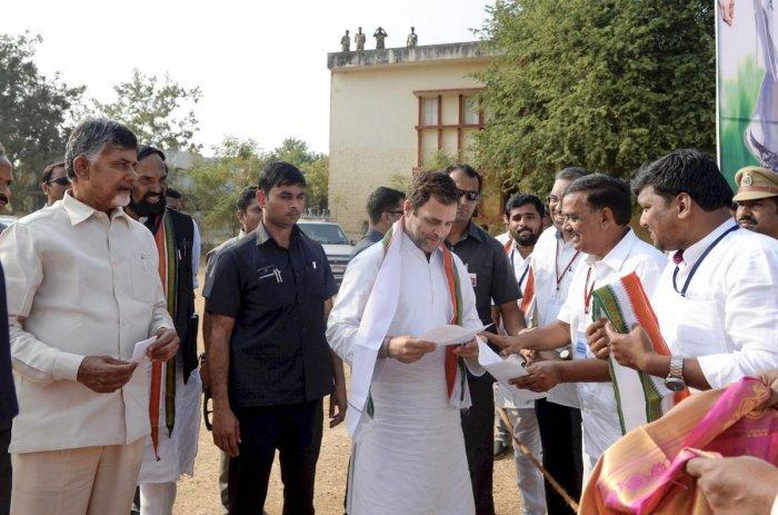 Congress president Rahul Gandhi with Andhra Pradesh Chief Minister Chandrababu Naidu during an election campaign for the Telangana Assembly elections, in Khammam, Telangana, on November 28, 2018. PTI