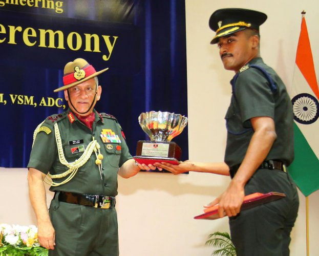 General Bipin Rawat, Chief of the Army Staff conferring Engineering Degrees to the student officers at a Convocation ceremony held at MCEME, Secunderabad. Lieutenant General Paramjit Singh, Commandant of MCEME is also seen. DH photo