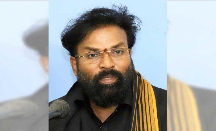 BJP leader and Molakalmuru MLA B Sriramulu. DH file photo.