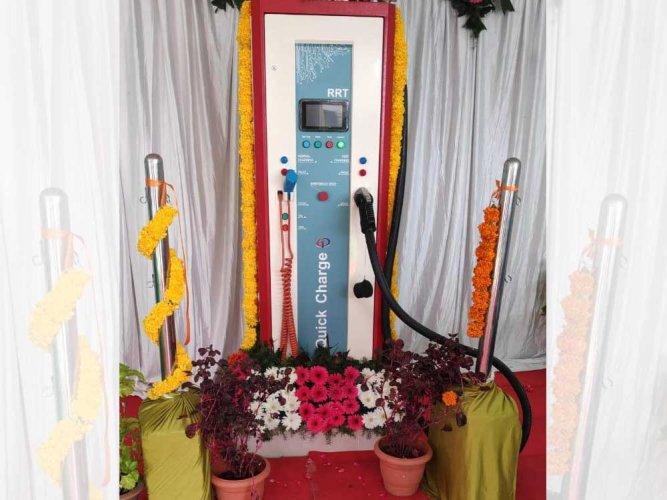 The charging station at Vidhana Soudha. DH photo.