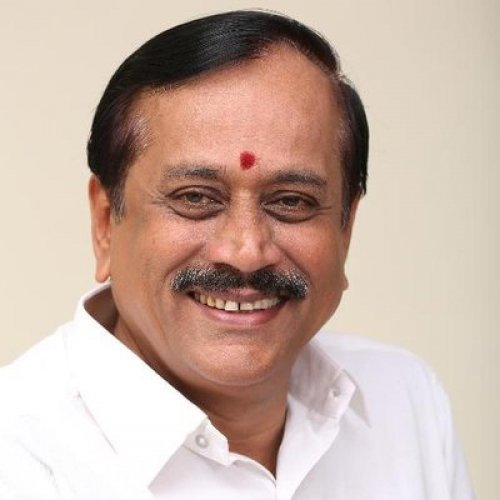 H Raja was summoned by a division bench of the Madras High Court for using a derogatory word against the judiciary.