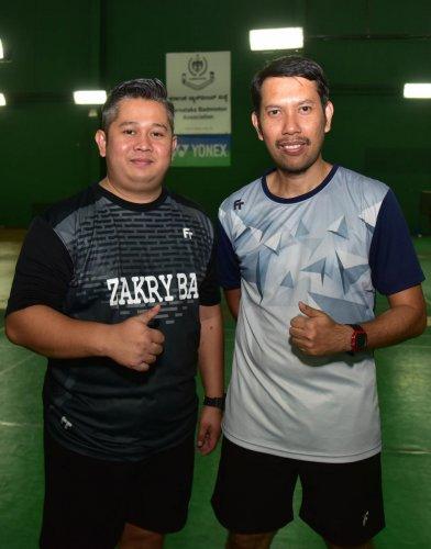 Muhammad Roslin Bin Hashim (right) and Mohd Zakry Abdul Latif. DH Photo