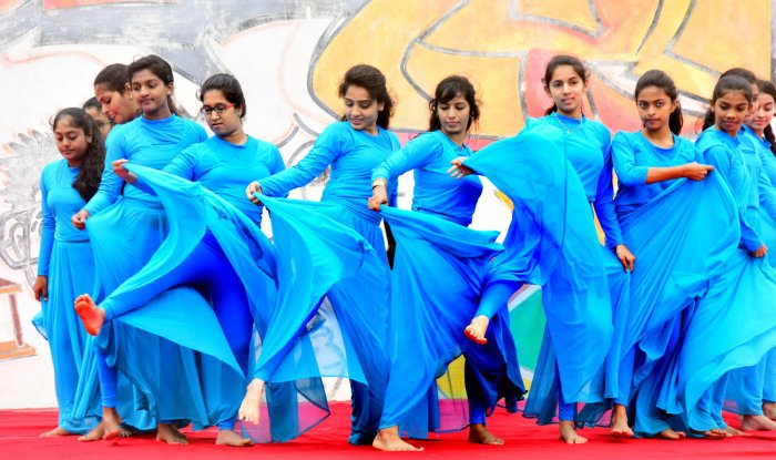 Students perform the dance yoga at the PES Institute of Technology in Bengaluru on Thursday. DH PHOTO