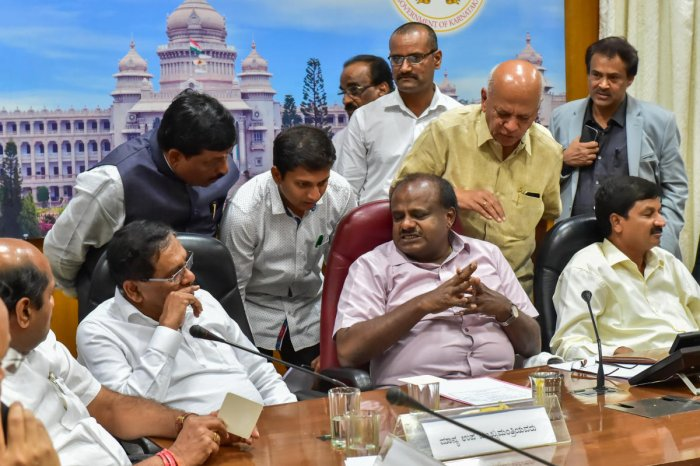 H D Kumaraswamy Chief Minister chairing Sugar factory owner meeting at Krishna in Bengaluru on Thursday. DH photo