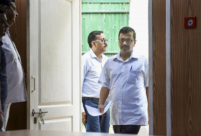 Arvind Kejriwal, his deputy Manish Sisodia, Labour Minister Gopal Rai and Health Minister Satyendar Jain met Baijal at 5.30 pm yesterday and since then, they stayed put there. PTI Photo