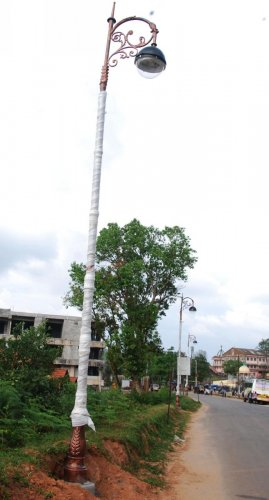 The decorative lamp posts on the road leading to Raja Seat in Madikeri.