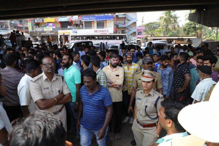 DCP Uma Prashanth visited the spot where lorry overturned at Thokkottu Junction.