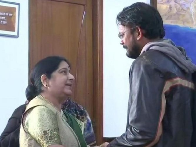 Swaraj welcomed back Hamid, while his mother thanked the External Affairs Minister for helping bring her son back from Pakistan