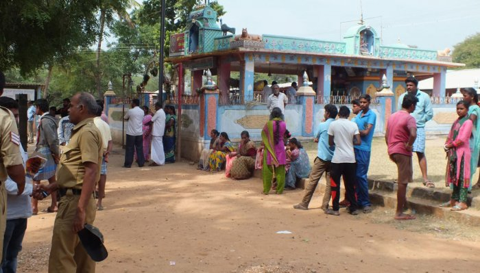 Another victim of Sulvadi Kicchuguttu Maramma temple prasadam poisoning died on Friday. With the death toll rising to 15. DH photo