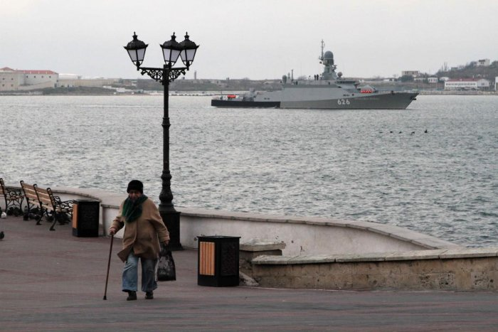 Tensions between Moscow and Kiev have risen in the past weeks after Russia seized three Ukrainian navy ships and their crews on Nov. 25 in an incident which Moscow and Kiev have blamed on each other. (Reuters File Photo)