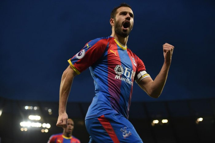 SUPER SHOW Crystal Palace's Luka Milivojevic celebrates after converting a penalty against Manchester City. AFP