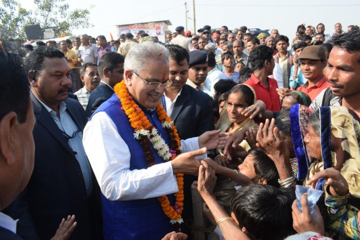 People and party workers lined up on both sides of the road to welcome him. Baghel first offered prayers at Hatkeshwar Mahadev temple here. The roadshow ended in a public meeting, late evening.