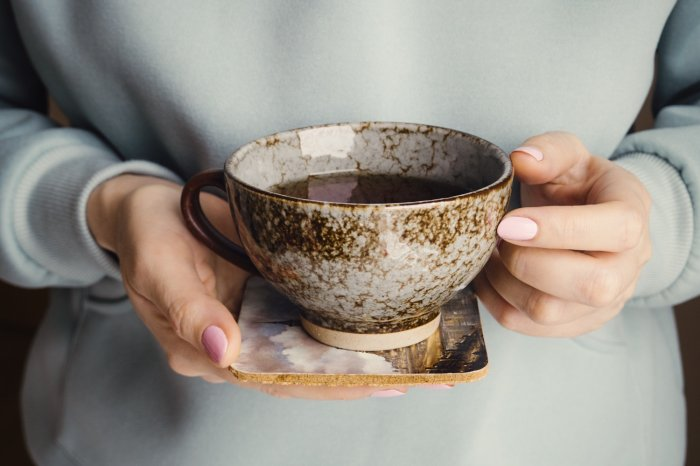 Drinking three or more cups of tea a day is as good for you as drinking plenty of water.