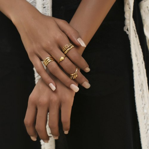 Rose gold is an upcoming trend that provides a fresh change from gold and silver.