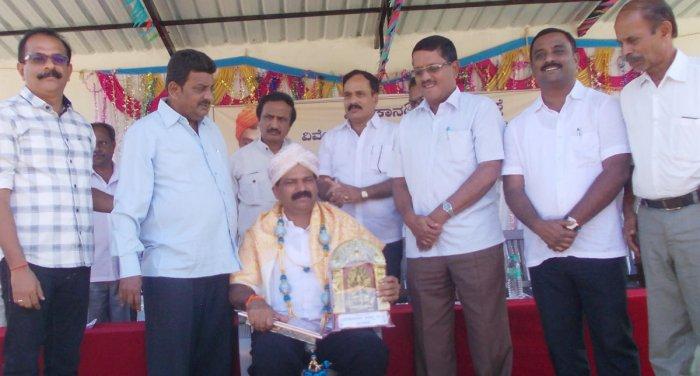 Shringeri MLA T D Raje Gowda was felicitated during the annual day of Vivekananda Vidya Samsthe in Shirivase, Chikkamagaluru on Tuesday. Congress leader Dr B L Shankar, KPCC general secretary M L Murthy and Vivekananda Vidyasamsthe chairman B M Bhojegowda