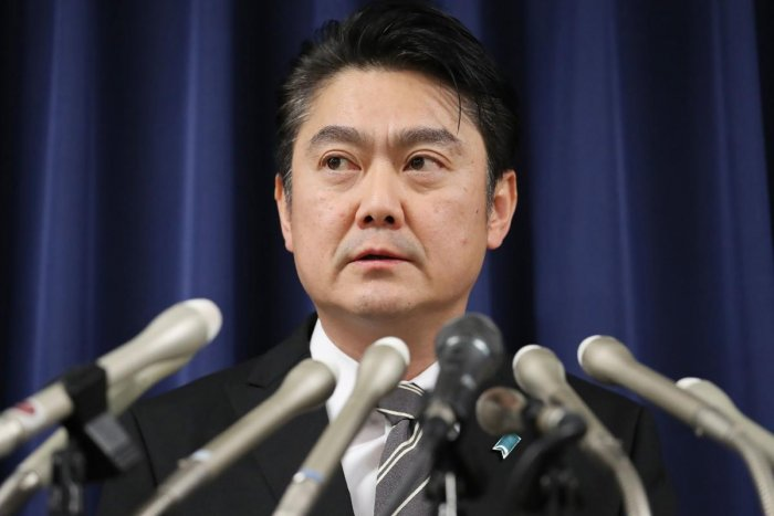 Japan's Justice Minister Takashi Yamashita speaks during a press conference announcing the hanging of two men convicted of murder at the justice ministry in Tokyo on December 27, 2018. (Photo by JIJI PRESS/ AFP)