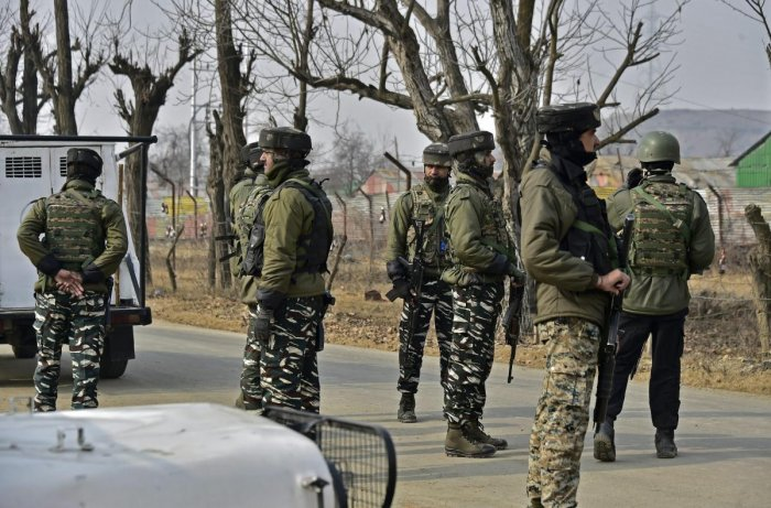 Security forces launched a cordon and search operation in the Banderpora-Rinzipora area of Awantipora on Friday morning. (PTI File Photo)