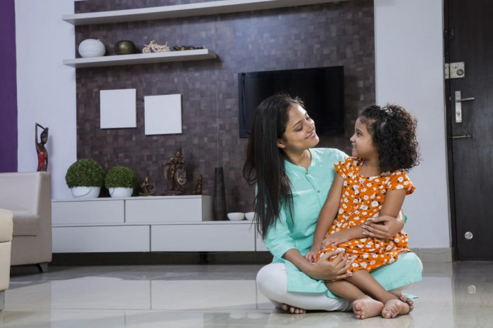 Single Moms Find It Hard To Get Houses Deccan Herald
