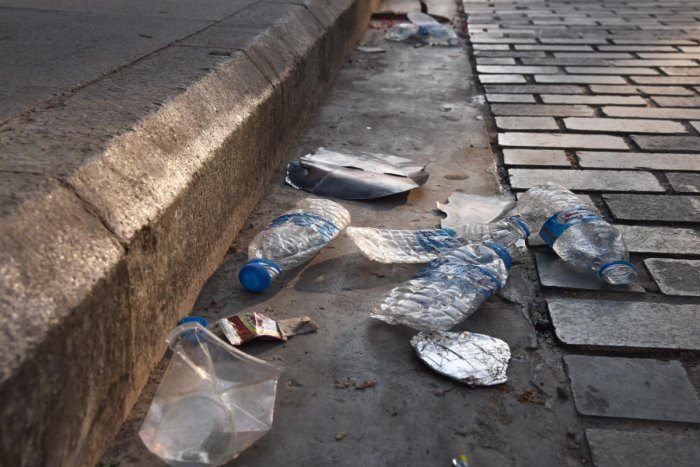 The civic body is deploying about 50 marshals as well as several health officials along Brigade Road, Church Street, MG Road and in Indiranagar, Koramangala and Sanjaynagar to keep a close watch on litterers.