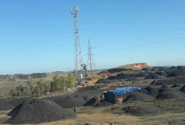 Poverty forces 'rat-hole' miners into death traps | Deccan Herald