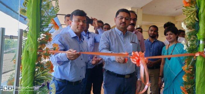Konkan Railway Regional Railway Manager Mohammed Aasim Sulaiman inaugurates Fresh Up facility, at Udupi Railway Station.