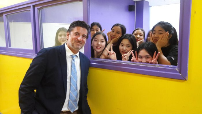 Dan Mackler with his students. He was in Bengaluru to deliver a master class on Wednesday.