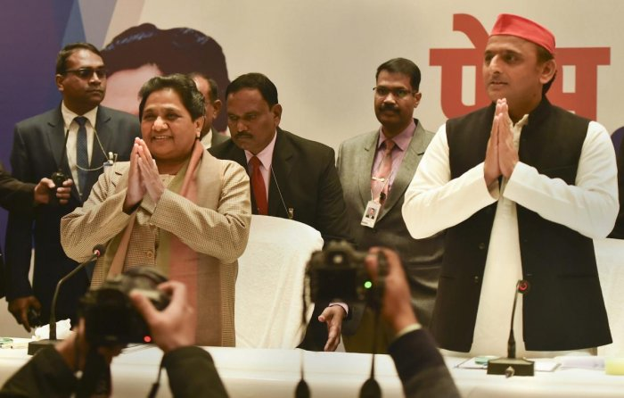 BSP supremo Mayawati and Samajwadi Party chief Akhilesh Yadav during a joint press conference in Lucknow on Saturday, Jan 12, 2019. (PTI Photo)