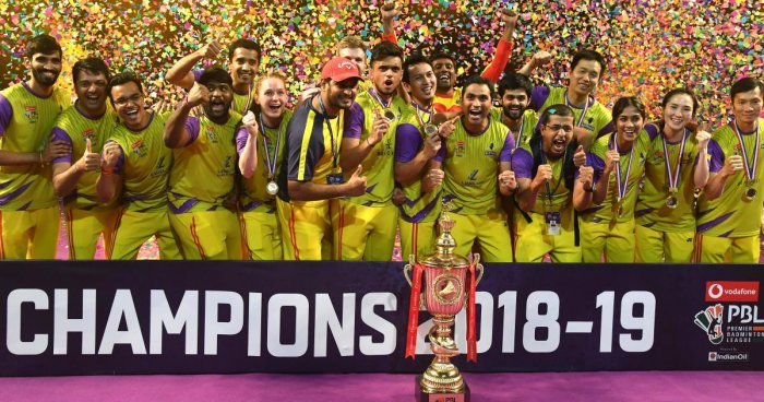 Bengaluru Raptors celebrate after winning the Premier Badminton League at the Sree Kanteerava Indoor stadium in Bengaluru on Sunday. DH Photo/ Srikanta Sharma R
