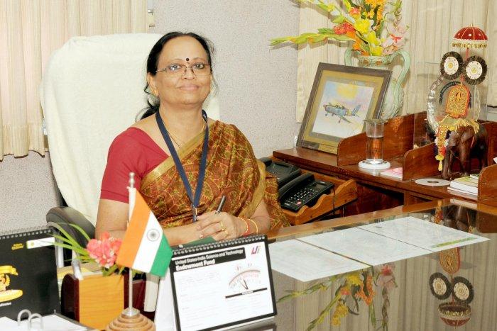 Dr Anitha Karun